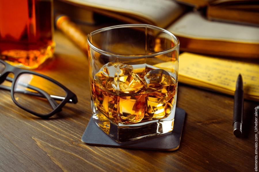 In diesem Beitrag geht es um die besten Whiskey Bücher deutschlands.